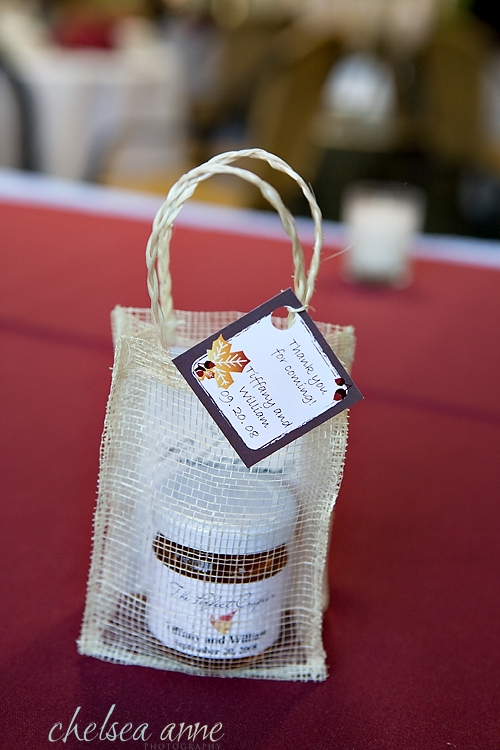 His Greek background and her Irish roots made for a perfect wedding favor for the wedding guests: a little honey and some tea in a little personalized linen bag.