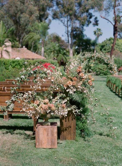 aisle florals